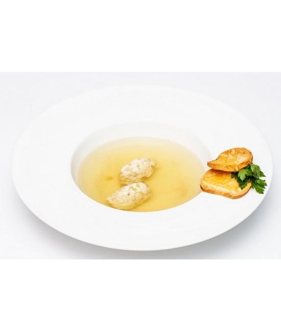Суп -  Куриный бульон с кнелями  (ком)